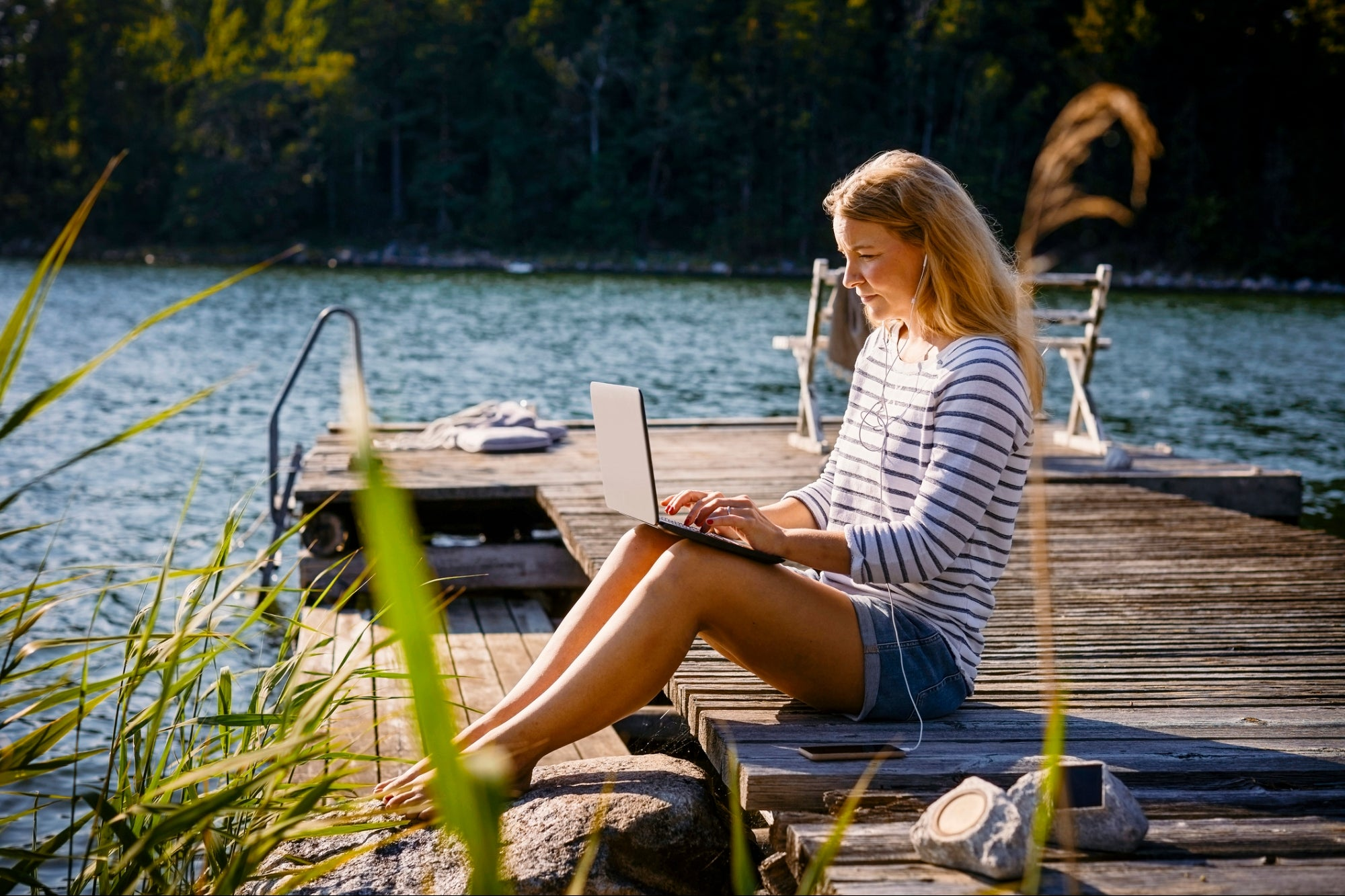4 Ways Remote Communication Is Making For a Better Workplace