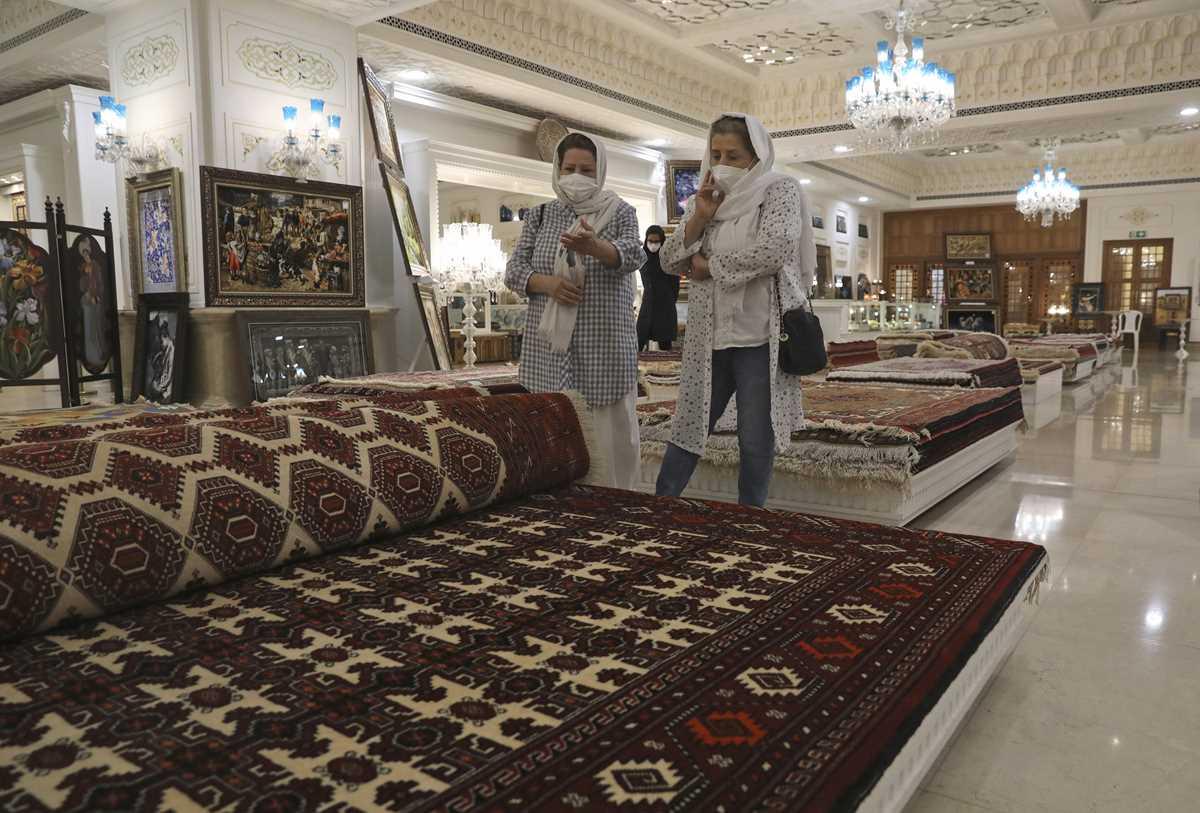 as iran prepares to vote its battered economy a major worry 2021 06 10 4 primaryphoto