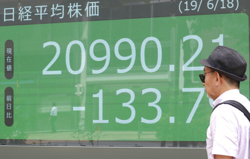 Asian markets mixed ahead of central banks' rate decisions