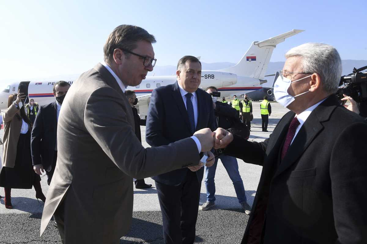 bosnia receives jabs from serbia amid covax dispute 2021 03 02 2 primaryphoto