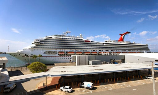 Carnival loses $2.8 billion but sees solid 2022 bookings