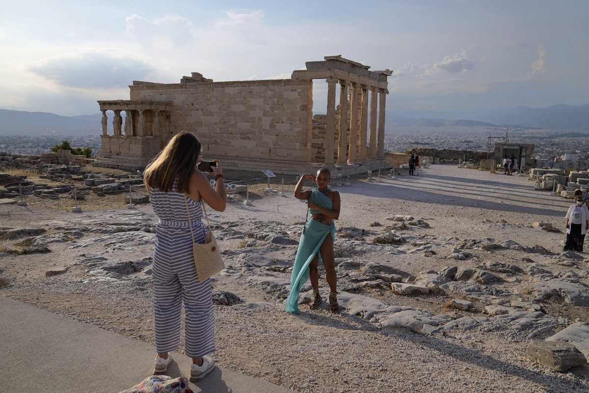 europe tells tourists welcome back now work out the rules 2021 06 10 2 primaryphoto