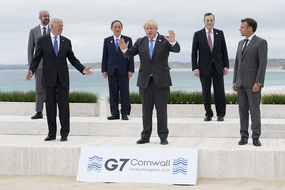 g 7 pledge to share but jostle for ground in the sandbox 2021 06 11 1 primaryphoto