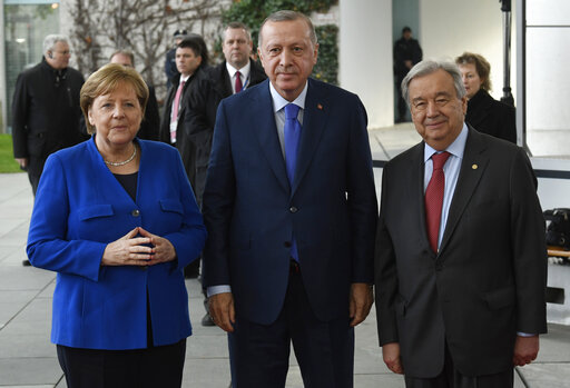 Germany hosts summit on Libya, seeks to halt proxy fighting