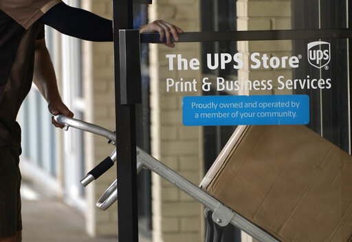 Shipping continues at blistering pace, UPS earns $2.7B in Q2