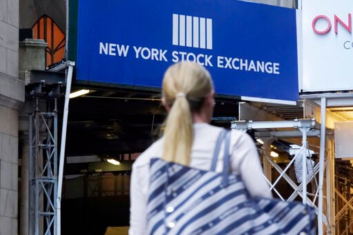 Stocks add to weekly gains, pushing S&P 500 back to record