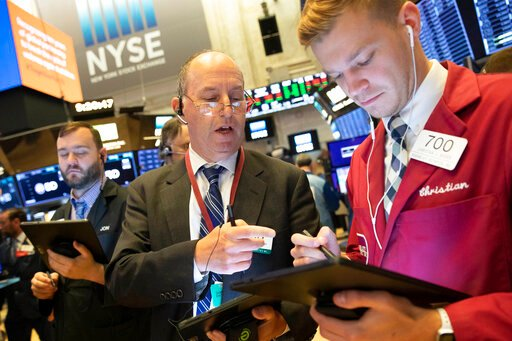 Stocks edge higher; S&P 500 heads for another week of gains