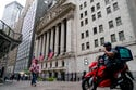 Stocks end mixed on Wall Street, still notch weekly gains