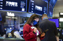 Stocks slump again, S&P 500 heading for worst loss in month