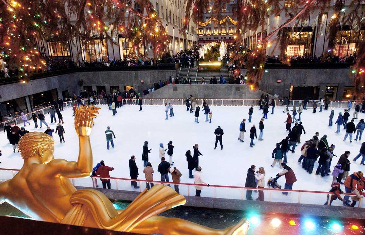 AP A NY USA Rockefeller Ice Rink