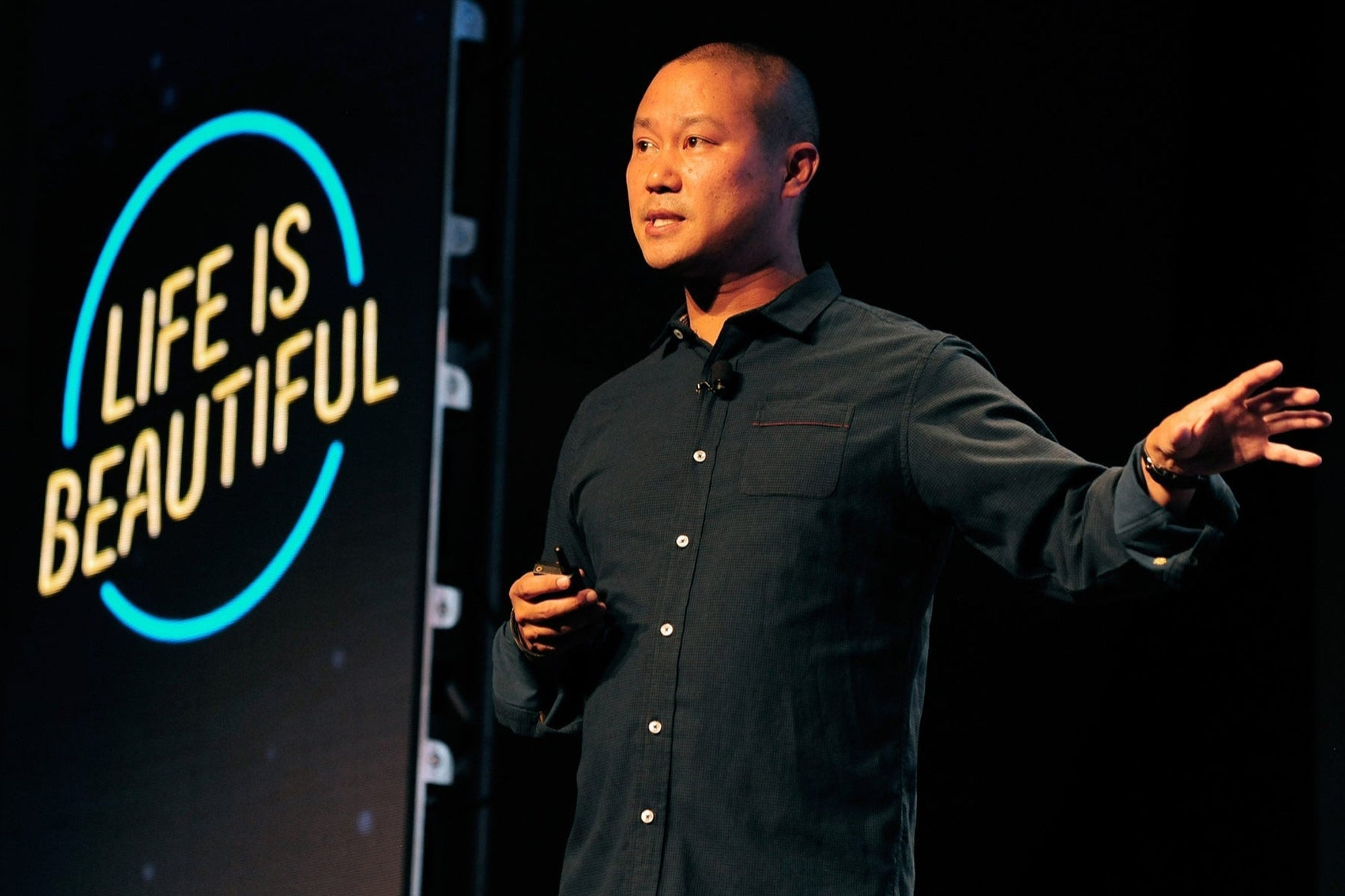 Tony Hsieh, tycoon and online commerce guru, dies at 46 in house fire
