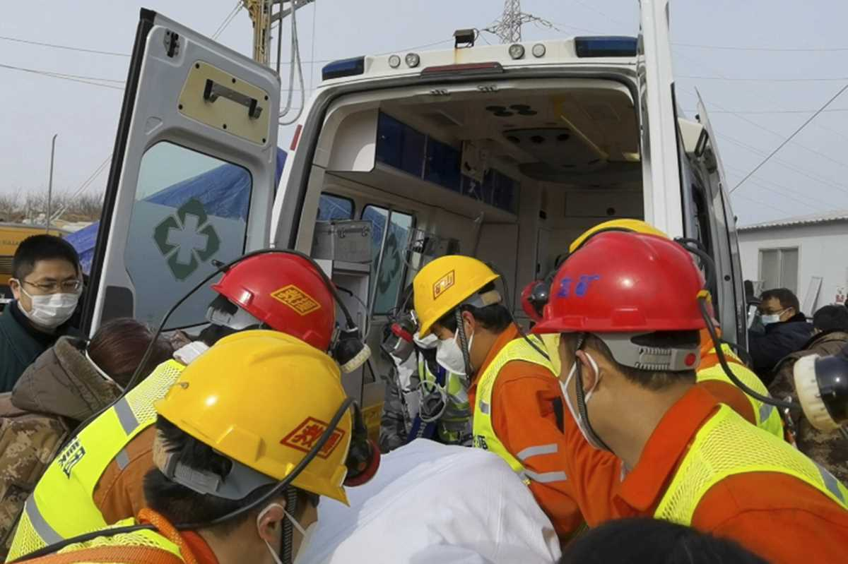 trapped for 2 weeks 11 workers rescued from china gold mine 2021 01 24 2 primaryphoto