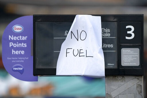 UK readies soldiers to help ease gas shortages at pumps