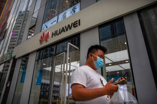 UK reportedly poised to backtrack on Huawei inclusion in 5G