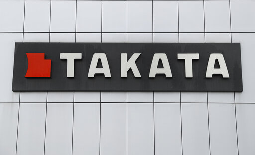 US probes Takata air bags in 200 models from 20 automakers