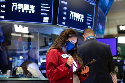 US stocks slump; S&P 500 has its worst week since February