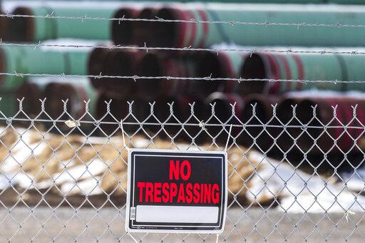 Work on Keystone XL pipeline suspended ahead of Biden action