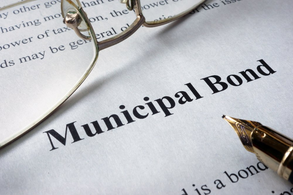 How interest rates affect municipal bond prices