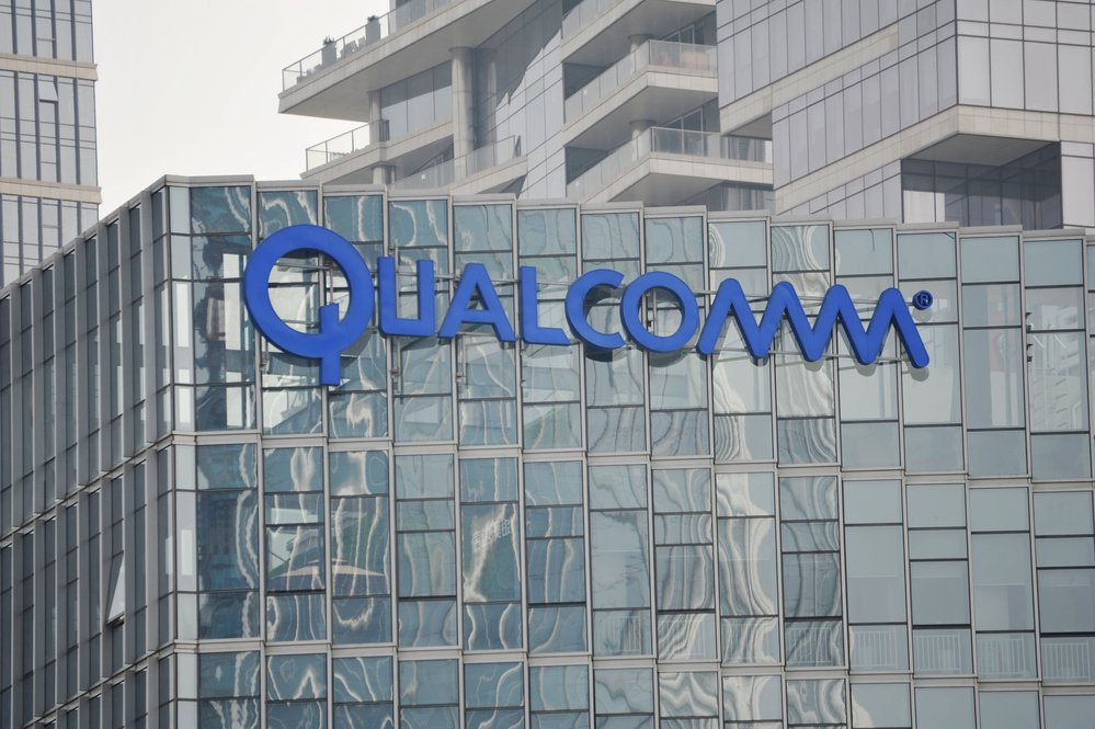 Qualcomm Continues March Higher (NASDAQ: QCOM)