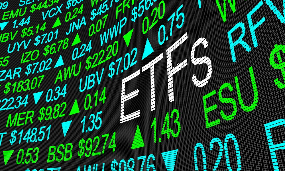4 ETFs That Beat the S&P