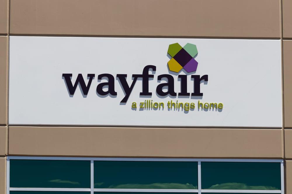 Should Investors Avoid Wayfair (NYSE:W) Stock?