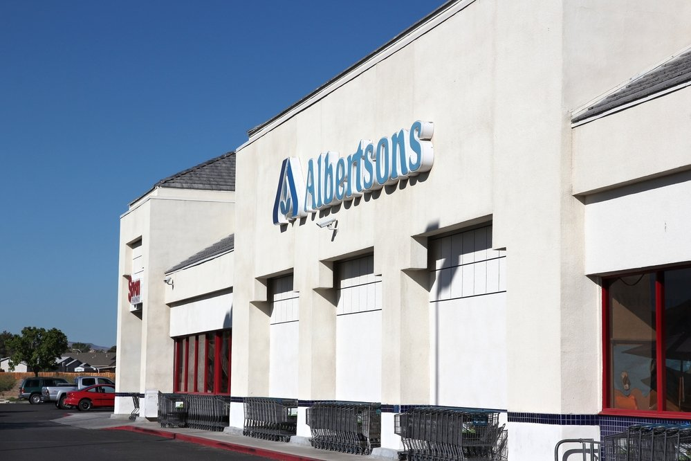 Albertsons Companies (NYSE:ACI) Is A Buy, Buy, Buy
