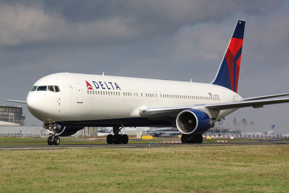 You Can Ignore Delta's Earnings Report, But Don't Buy the Fear Either
