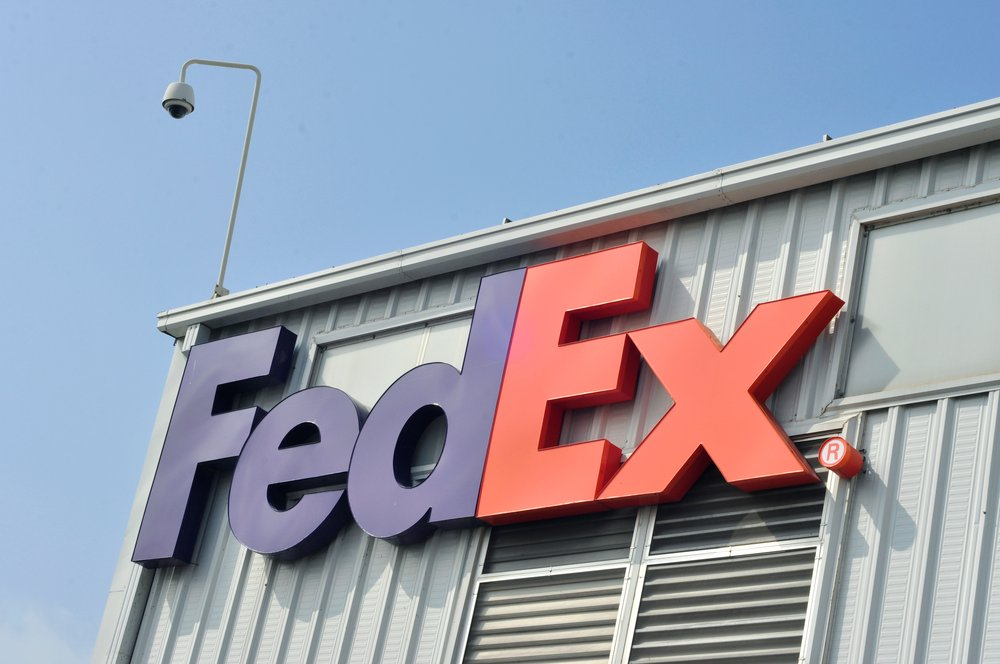 Record e-Commerce Volumes Deliver Surprise Quarter for FedEx (NYSE:FDX)