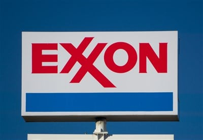 Exxon's (NYSE:XOM) 7% Yield Is A Buy And Hold For 2021
