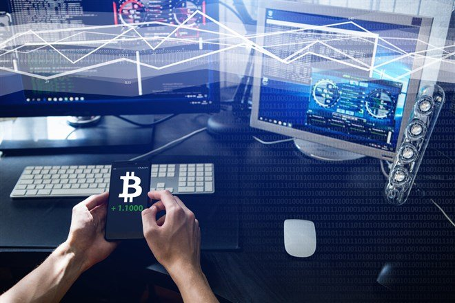 3 Cryptocurrency Comeback Stocks to Buy Now