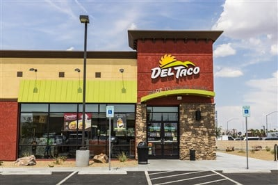 Del Taco Restaurants Serves Up Combo Platter of Reasons to Buy In