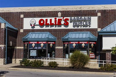 Is Dollar General or Ollie's the Better Buy After Earnings?