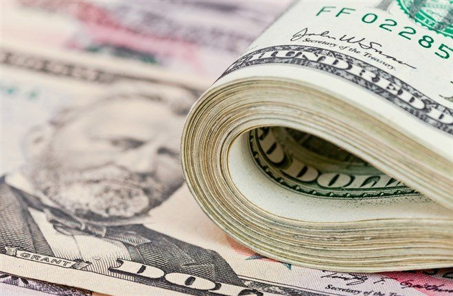 3 Under the Radar Dividend Aristocrats to Bank On