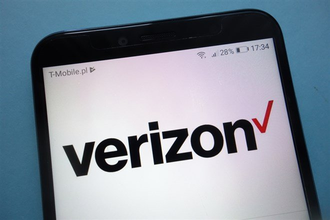 Verizon Moves Higher On Strong Outlook