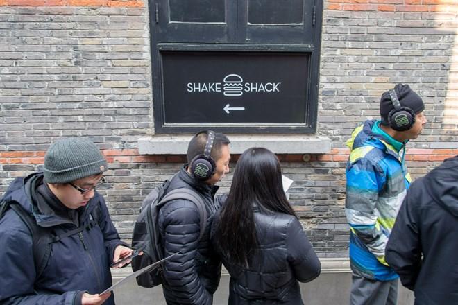 Shake Shack Shoots Up on Chinese Expansion