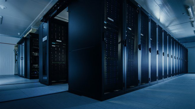 Can Iron Mountain Pivot To Compete With Data-Center REITs?