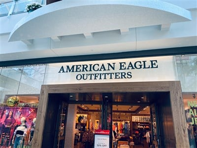 American Eagle Outfitters Gaps Up 4% On Better Sales Outlook