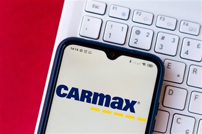 Buy CarMax (NYSE:KMX) On Post-Earnings Weakness
