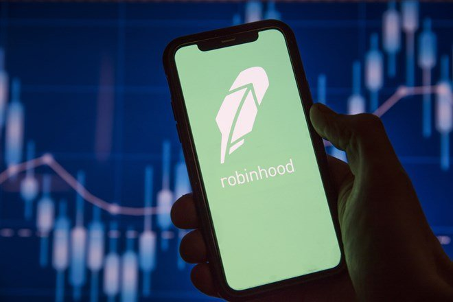 For Robinhood Stock the Hunter Has Become the Hunted