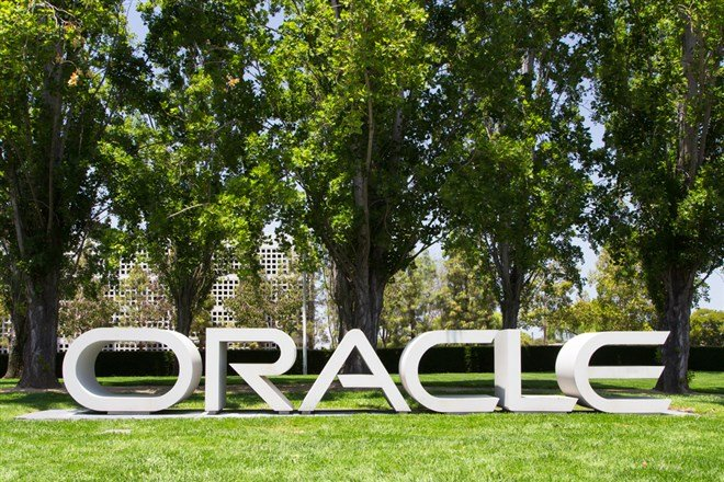 Oracle Plunges On Lackluster Results