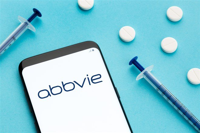 AbbVie Forms Flat Base Ahead Of Q3 Earnings Report