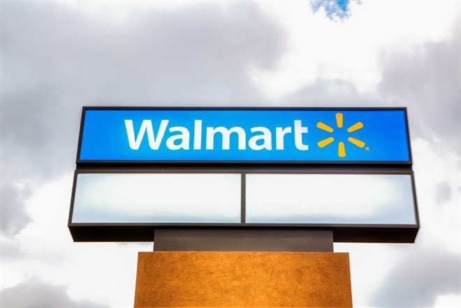 Don't Rush To Buy Walmart, Extra Low Prices Are On The Way