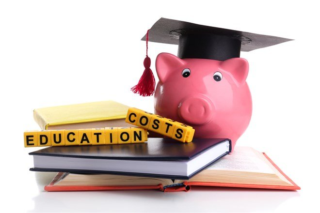 How to Plan Financially for College if Your Teen is in High School