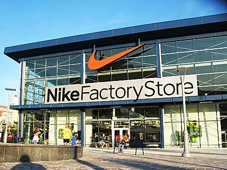 Chesley Taft & Associates LLC Decreases Stock Position in Nike Inc (NYSE:NKE) - Slater Sentinel